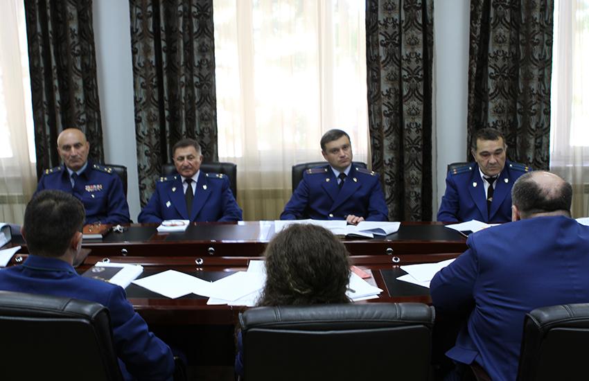 В Генеральной прокуратуре Республики Южная Осетия состоялось заседание коллегии, посвященное итогам работы органов прокуратуры республики в первом полугодии 2019 года и определению задач по укреплению законности и правопорядка во втором полугодии 2019года