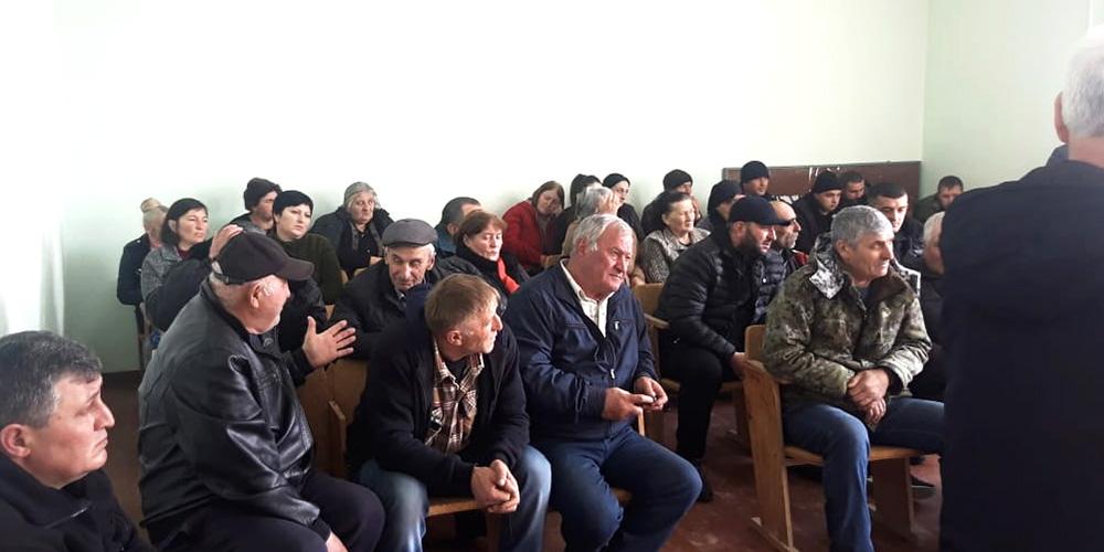 Прокурор Знаурского района принял участие во встрече с жителями Зиуатской сельской администрации Знаурского района